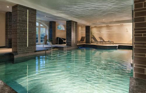 Bazén v ubytování The Bath Priory - A Relais & Chateaux Hotel nebo v jeho okolí