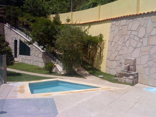 A piscina em ou perto de Residência Iris