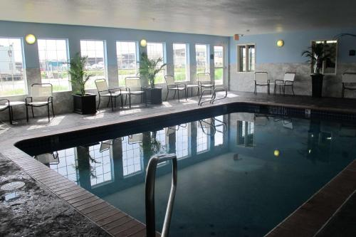 The swimming pool at or near Best Western Plus Aberdeen