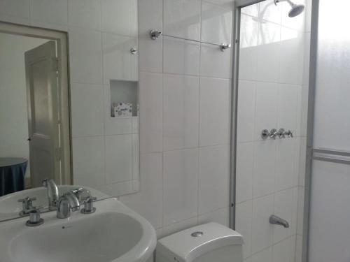 A bathroom at B&B El Olivar