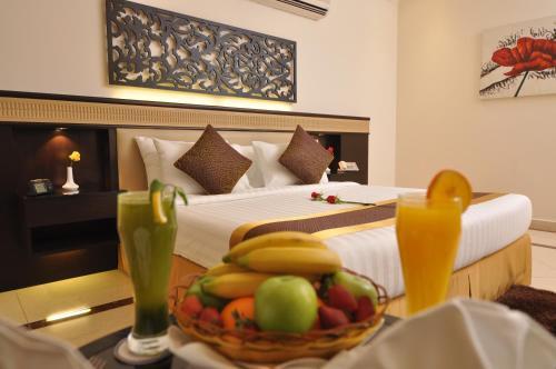 Cama ou camas em um quarto em Nelover Hotel Ar Rawdah