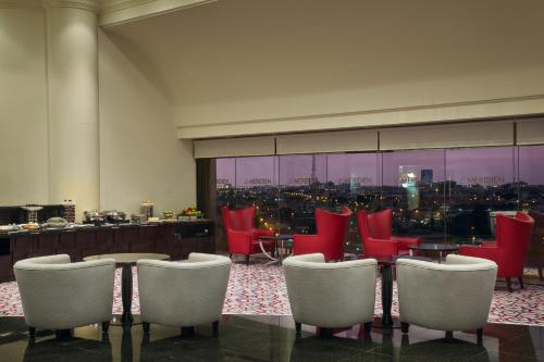 A restaurant or other place to eat at Le Meridien Jeddah