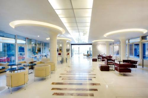 The lobby or reception area at Art Hotel Navigli