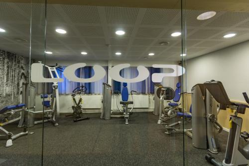 The fitness center and/or fitness facilities at Hotel Arctic