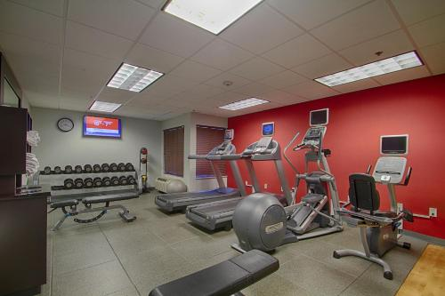 The fitness center and/or fitness facilities at Homewood Suites by Hilton Las Vegas Airport