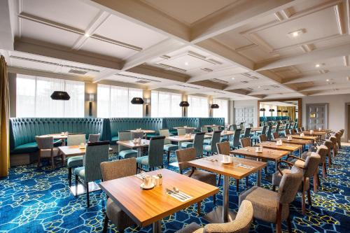 A restaurant or other place to eat at Jurys Inn Aberdeen Airport