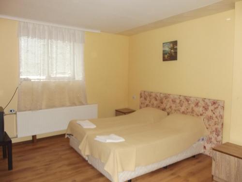 Легло или легла в стая в Къща за гости и приятели