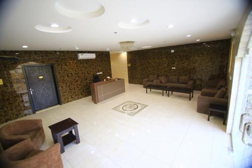O saguão ou recepção de Andalusia Hotel Apartments