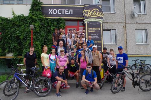 Катание на велосипеде по территории Velvet или окрестностям