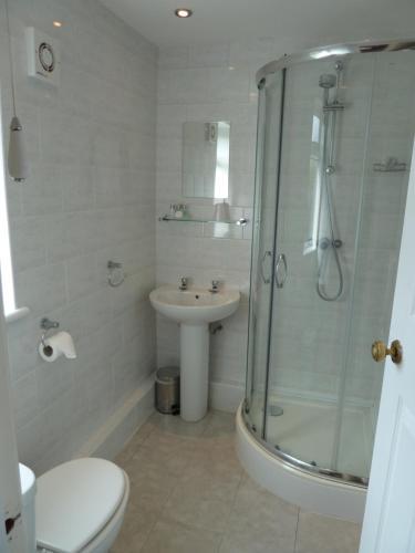 A bathroom at The Winsford Lodge