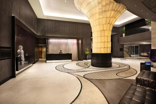 Lobby/Rezeption in der Unterkunft Rendezvous Hotel Singapore by Far East Hospitality (SG Clean)