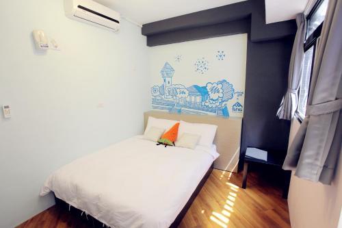 方迪大旅社房間的床