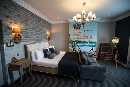 A seating area at Roker Hotel BW Premier Collection