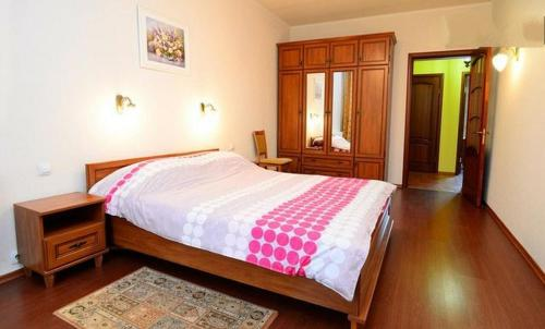 Ліжко або ліжка в номері Apartments on the Artyoma Street 102