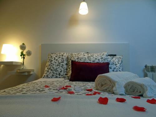 Uma cama ou camas num quarto em S. João Porto Apartment