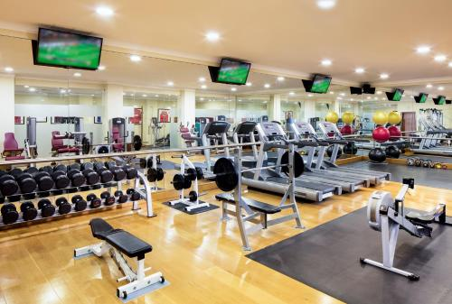 The fitness center and/or fitness facilities at Praia D'El Rey Marriott Golf & Beach Resort