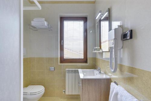 A bathroom at Villa NiNa Rovinj B&B