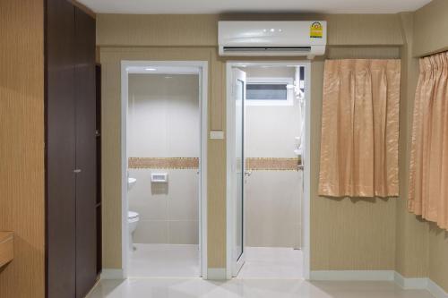 A bathroom at NRC Residence