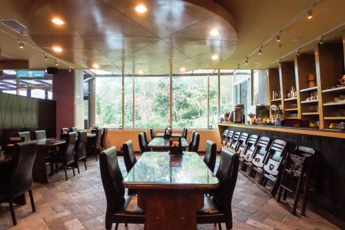溪頭夏緹飯店餐廳或用餐的地方