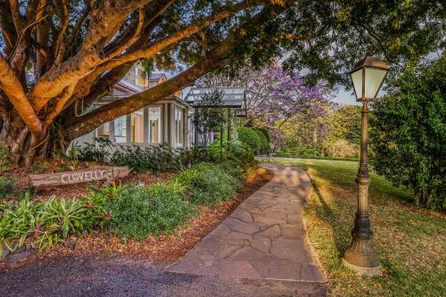 A garden outside Spicers Clovelly Estate