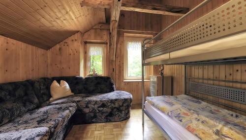 Ein Bett oder Betten in einem Zimmer der Unterkunft Gasthaus Koenigsruhe