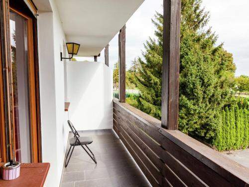 Ein Balkon oder eine Terrasse in der Unterkunft Large group house in Hesse with common room, terrace, garden - ideally situated