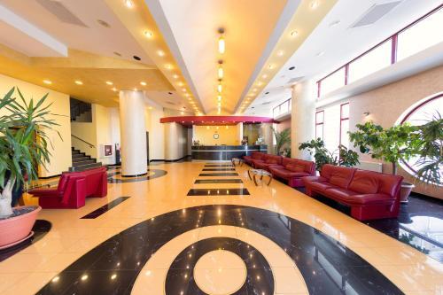 Zona de hol sau recepție la Hotel Parc