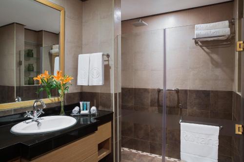 حمام في نور أرجان باي روتانا - الفجيرة