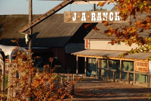 J A Ranch Bed & Breakfast