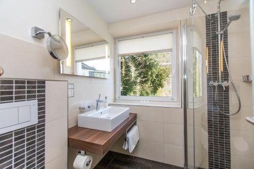 Een badkamer bij Parkhotel Cochem