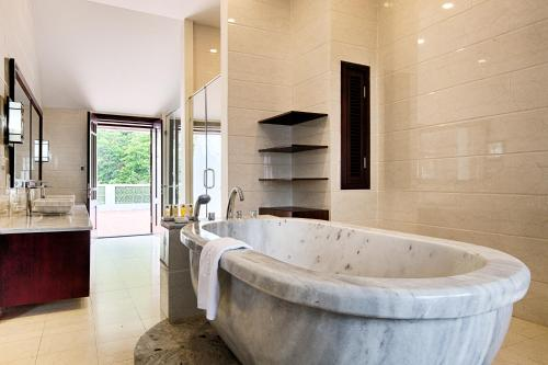 Phòng tắm tại Ebisu Onsen Resort