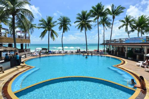The swimming pool at or near Phangan Bayshore Resort Koh Phangan