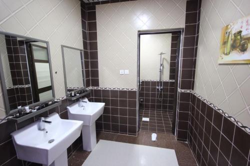 Um banheiro em Nakheel Moon Aparthotel