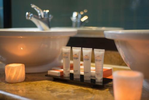 حمام في فندق  بورتو سخنة