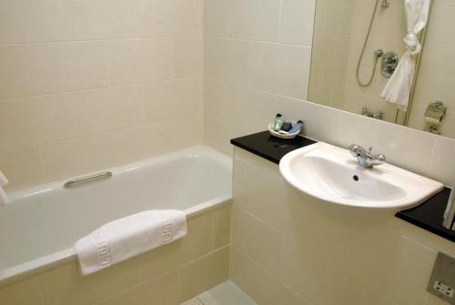 A bathroom at The Shetland Hotel