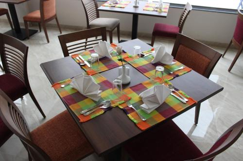 A restaurant or other place to eat at Old Vic Sharm Resort Families and Couples Only
