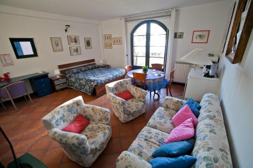 A seating area at Villa sul Mare