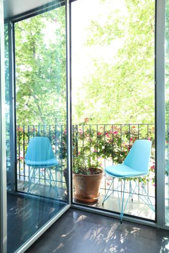 A balcony or terrace at Hotel 54 Barceloneta