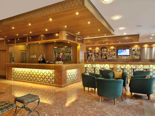 Лаундж или бар в TURIM Lisboa Hotel