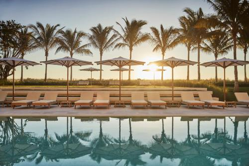 The swimming pool at or close to Four Seasons Hotel at The Surf Club
