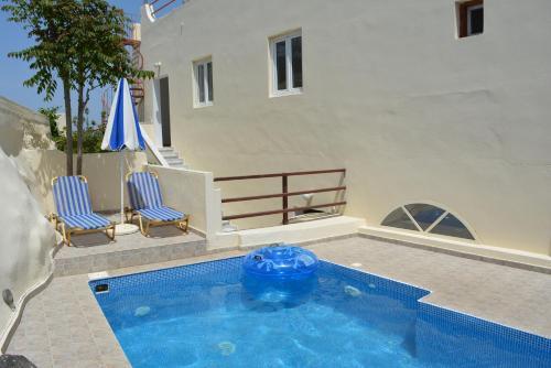 Πισίνα στο ή κοντά στο Anemomilos Villa