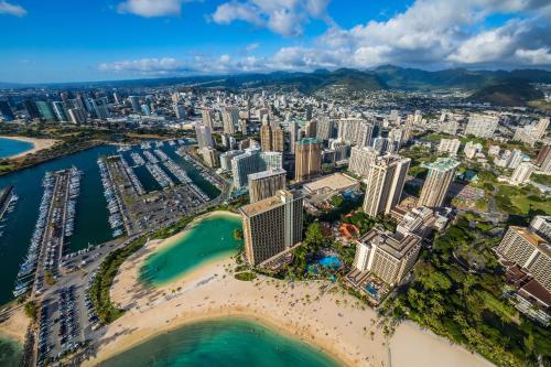 A bird's-eye view of Hilton Grand Vacations Club at Hilton Hawaiian Village