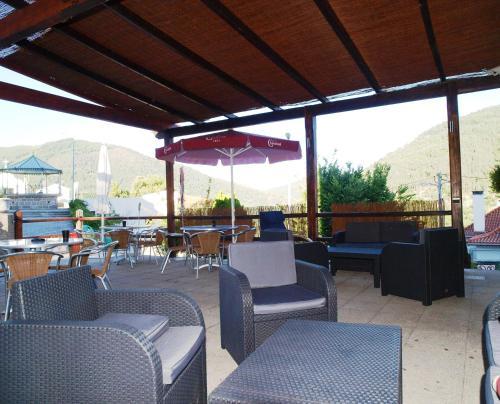 Um restaurante ou outro lugar para comer em Estrela