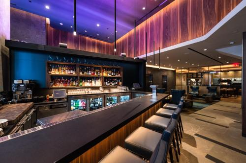 The lounge or bar area at LUMA Hotel - Times Square