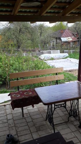 Бассейн в Guest house Tihaya ulochka или поблизости