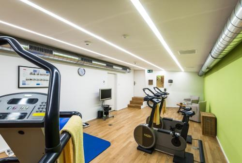 Het fitnesscentrum en/of fitnessfaciliteiten van ABC Swiss Quality Hotel