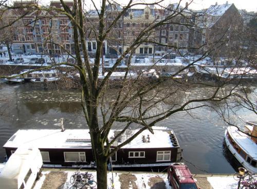 Kalkmarkt Suites during the winter