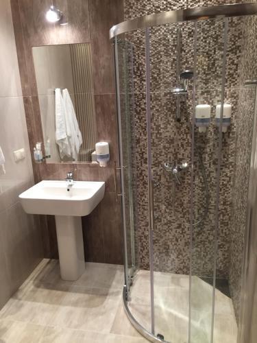 Ванная комната в Spa-Hotel Mirazh