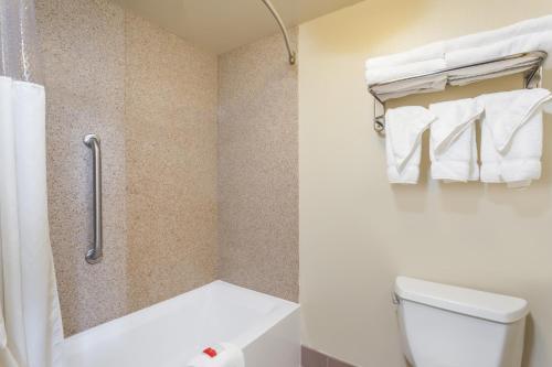 A bathroom at Days Inn by Wyndham Hershey