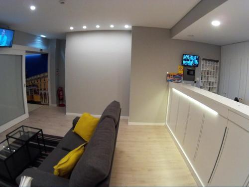 The lobby or reception area at Pensao Estacao Central
